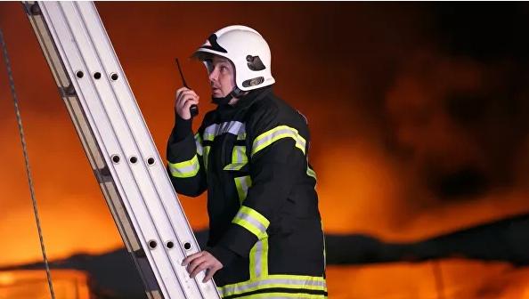 В Москве загорелась больница