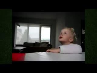 Смех для всех - Вот как нужно играть с детьми!