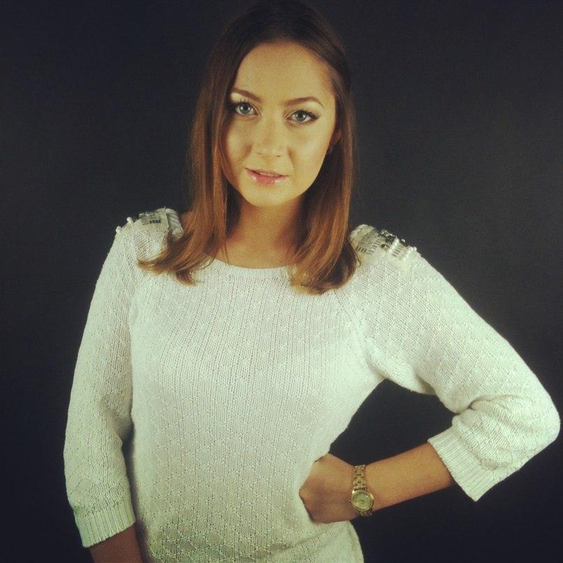 Александра Николаева  