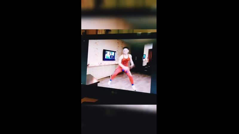 КЛАСС ZUMBA ® Fitness в форматe ONLINE со Светланой Левашовой