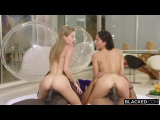 Emily Willis, Tiffany Tatum (Join Us) порно porno