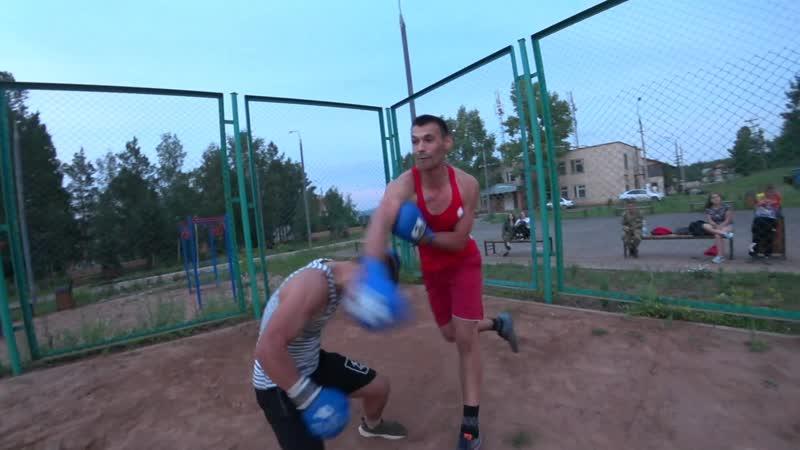 Нокда́ун(англ. knock-down — сокрушающий удар) — положение в боксе, когда противник в результате полученного удара падает, но в
