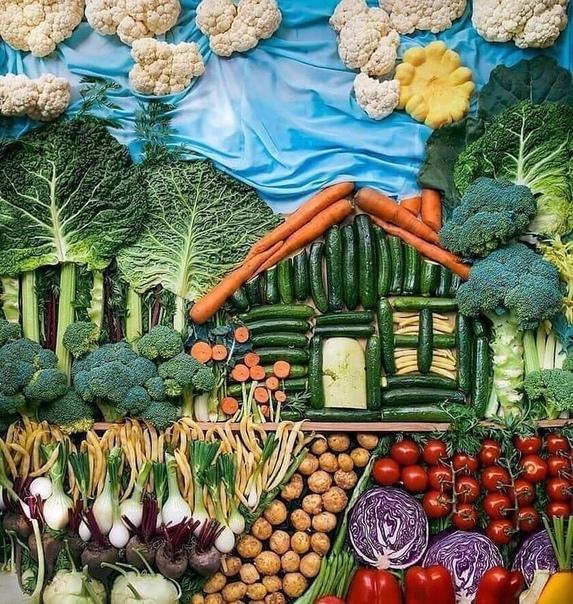 Картина полностью из овощей