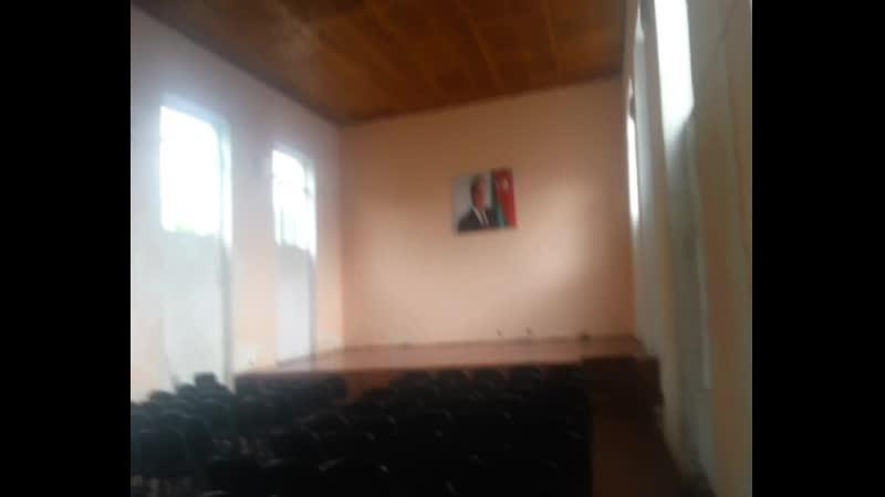 Muxax kənd Akif Bubuşov adına 1№ li tam orta məktəbin iclas zalı