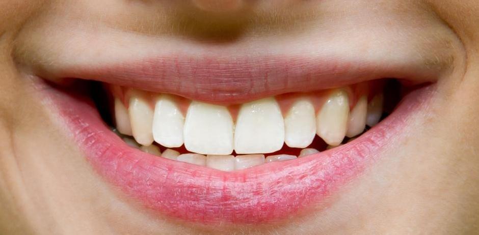 Отбеливающая зубная паста не должна использоваться регулярно.
