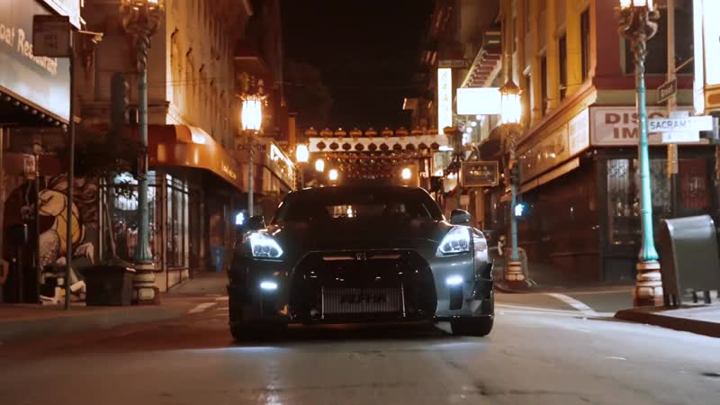 Liberty Walk GTR night run in SF