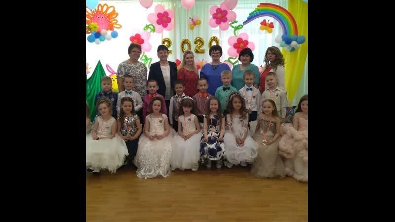 В камполянском детском саду Огонек в группе №12 состоялся выпускной бал