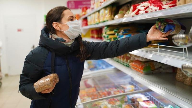 В югорских магазинах покупателей без защиты не оставят