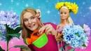 Кукла Барби и цветы в волосах - Школа стилиста - Видео для девочек о модных прическах