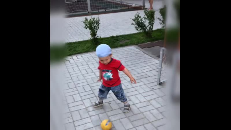 Юный футболист Глебка! Семья Исаевых.