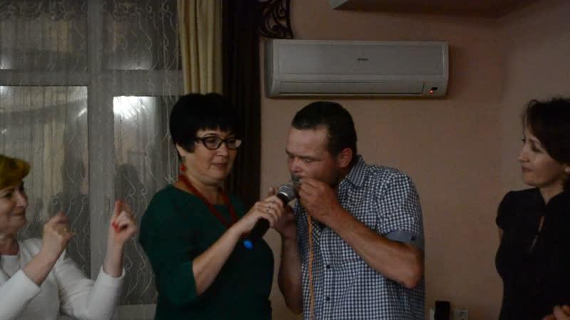 А мы, как говорится, не только петь, но и на кубызе играть умеем.