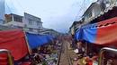 🔴 Live Train 24 7 Train Driver's View Cab Ride to MaeKlong Railway Market! Front Window View
