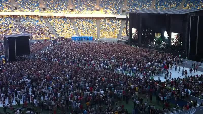 Kasabian Fire 2012 Live Kiev Olimpiyskiy stadium