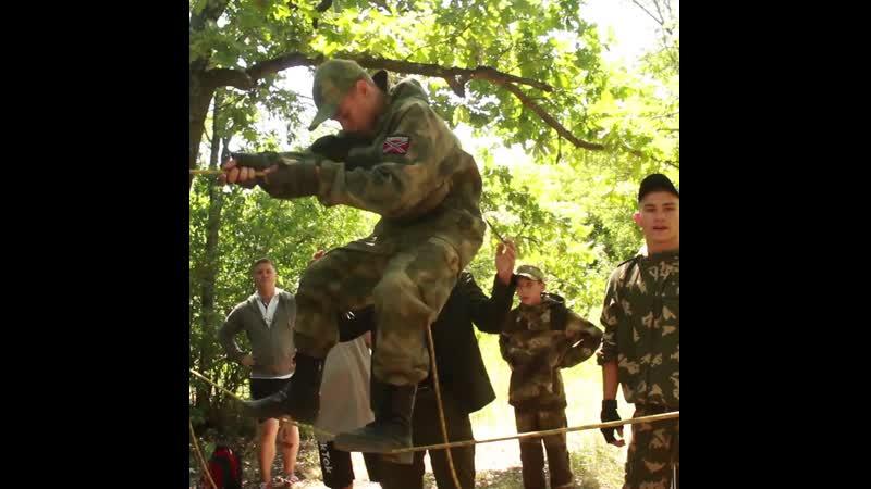 Активисты ОД Мир Луганщине провели спортивный квест в лесополосе Луганска