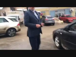Скандал с охранником из-за парковки в Нижнем Новгороде - Регион-52