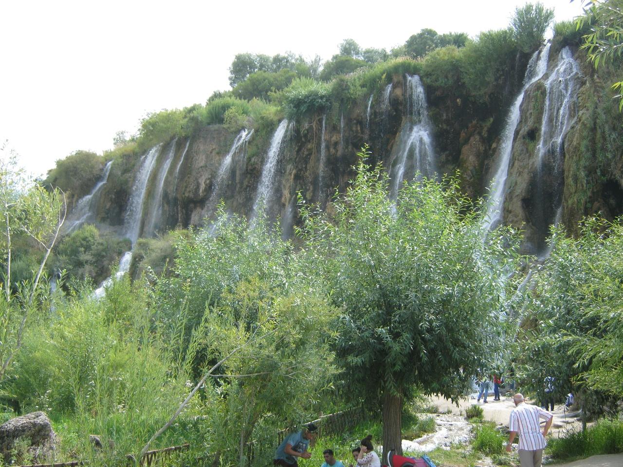 трапеа у подножия водопада Гирлевик