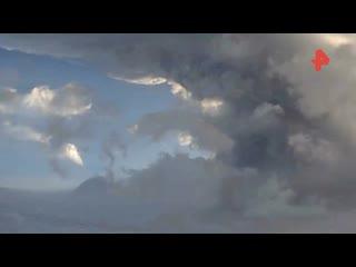 Два поселка на Камчатке накрыло пеплом