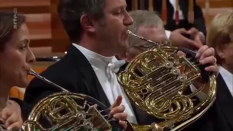 Richard Wagner Prelude to Lohengrin Simon Rattle