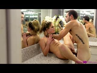 Athena Faris порно porno русский секс домашнее видео