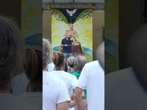 Der erste Polizist hat sich am Augsburger Friedensfest angeschlossen 08 08 2020