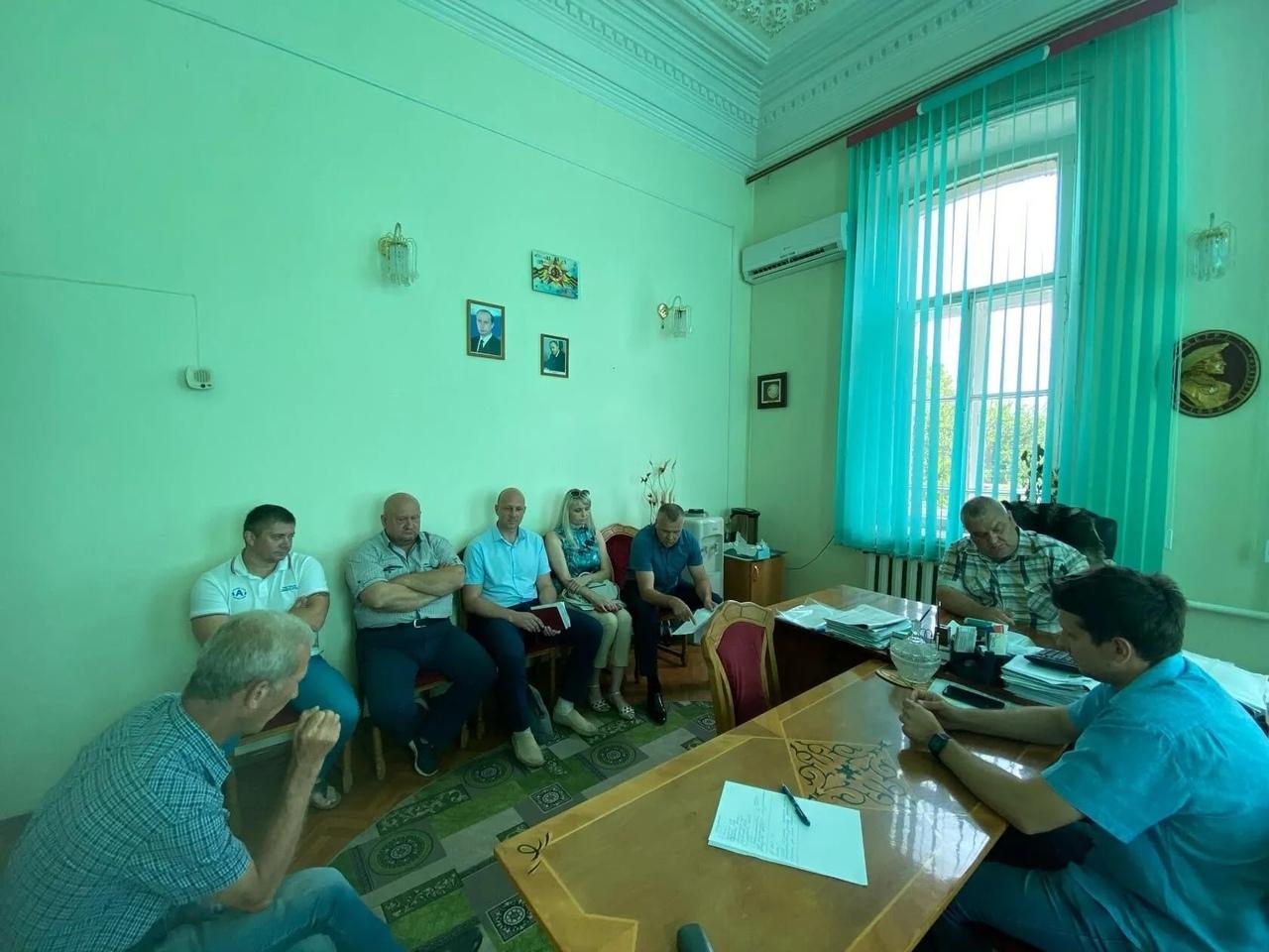 Руководители управляющих компаний и газовой службы обсудили вопросы заключения жильцами многоэтажек договоров ВДГО