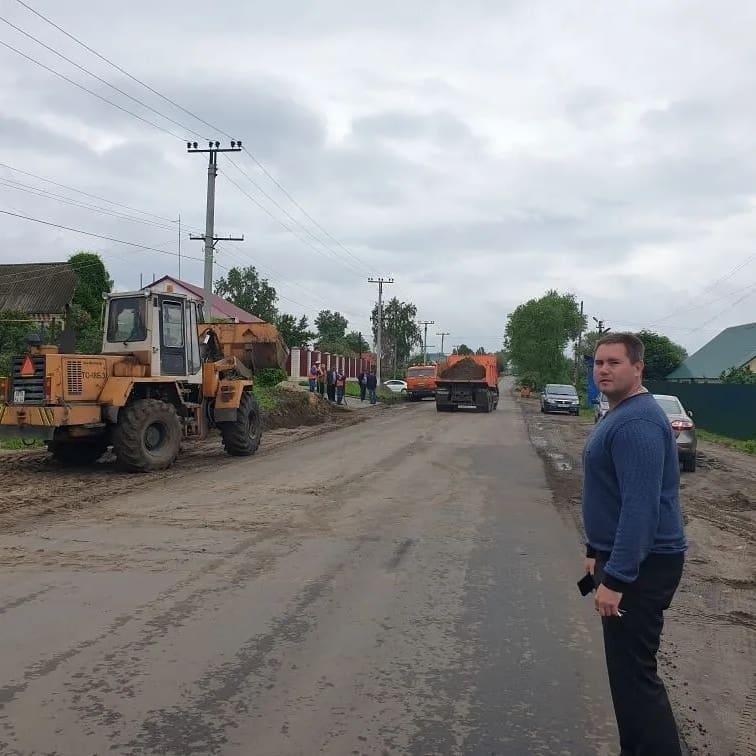 В Петровске продолжаются работы по ремонту и обустройству проезжей части улиц