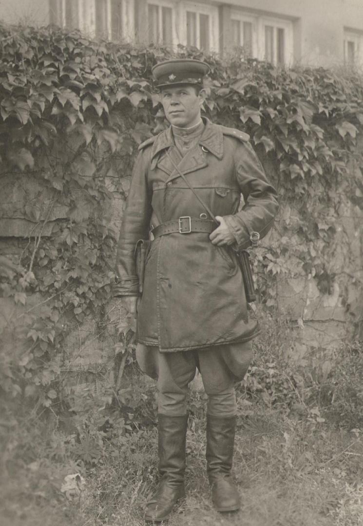 Лейтенант Кольва в Германии. 1946 г.