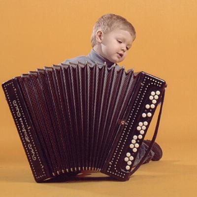 Смешные короткие, картинки гармонист тимошка