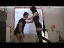 Госпожа играет с рабом! Ballbusting , жесткое бдсм секс