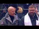 Путин Владимир Владимирович поёт гимн России mp4