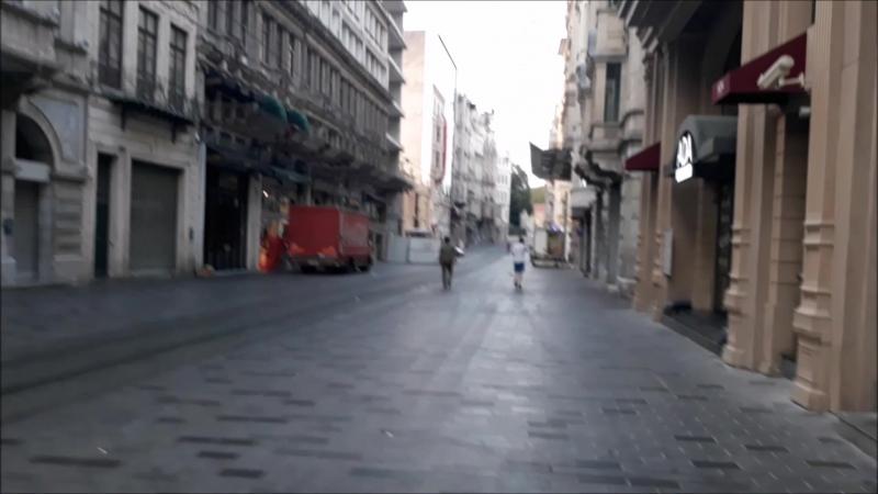 Boş sokaklar taksim
