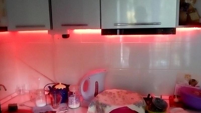 Дополнительный свет на кухне