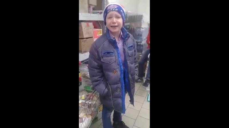 Пару школотронов спалили за кражей шоколадки в магазине. А дальше начались шекспировские страсти