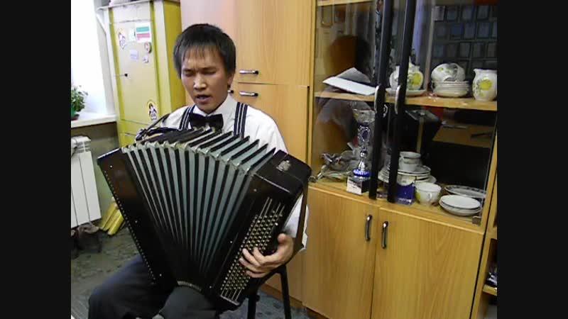 03032013г Чайха на на старом месте ТКЦ Дуслык песня от Гостя из КемГУКИ