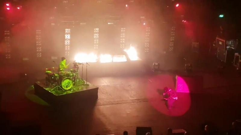Twenty One Pilots - Levitate Live (O2 Academy Brixton 2018) Better Version