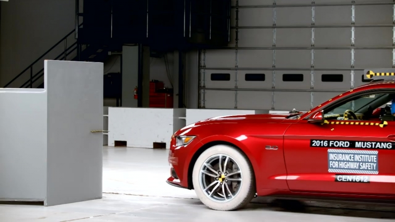 2016 Ford Mustang driver side small overlap IIHS crash test