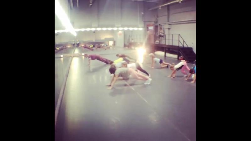 🐰☀Детская ТанцБАЗА! 👯Старшая подготовительная группа! 🧚♀️Дети от 7-15 лет🧚♀️ 🤸♂️Занятия 2 раза в неделю по 1,5 часа
