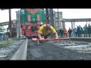 Русский силач смог сдвинуть теплоход весом 11 тысяч тонн 14 октября День СОБЫТИЯ ДНЯ ФАН ТВ