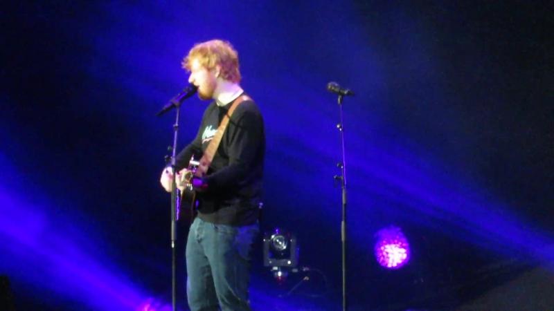 Тур | Эд Ширан исполняет песню «Happier» на стадионе «Lincoln Financial Field», Филадельфия, США | 27 сентября 2018
