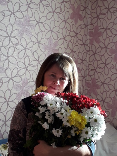 Люба Лекомцева