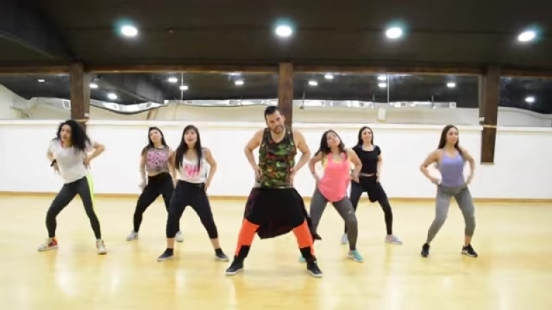 (5) claudio lopez utreras zumba - YouTube_2