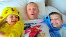 ИГРУшКИ vS коНФеты и МальЧИКИ против ДеВОЧек как папа покемонов ловил Challenge Toys VS Candy