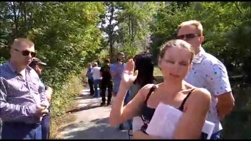 В Липецке горожане вышли на защиту своего двора от сотового оператора