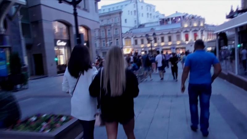 [Псв 14] УЛИЦА КУЗНЕЦКИЙ МОСТ ПОЛНОСТЬЮ, Пешая прогулка по всему кузнецкому мосту в Москве в конце ночи рано утром перед рассвет