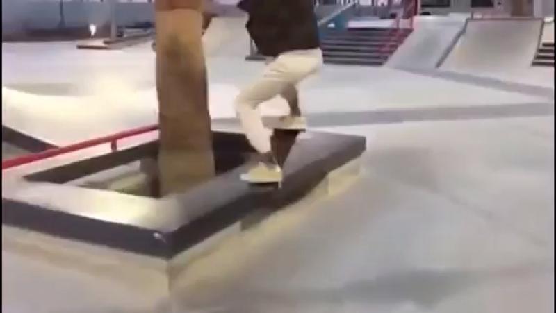 Кизяка на скейте