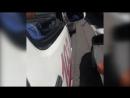 Еркексің ба водитель устроил перепалку с врачами скорой помощи mp4