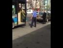 Алматыда жолаушы қыз өзін балағаттаған автобус жүргізушісін видеоға түсіріп, жариялады