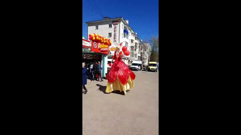 Ходулисты на любой праздник в Уфе Леди-Фуршет Уфа 89173611331