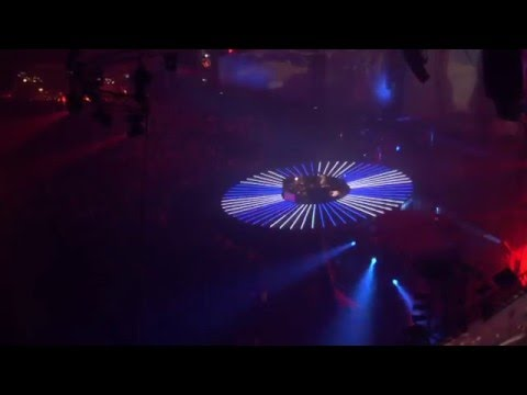 DJ Tiesto (Scott Bond vs Solarstone) - 3rd Earth (Live) HD