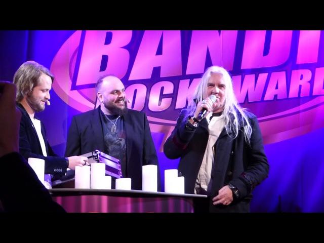 Biff Byford Saxon wins Bandit Classic Award @ Bandit Rock Awards 31 1 2018